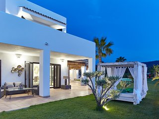 Luxury Private Villa in Protected Nature - Ibiza