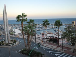 PISO CON VISTAS AL MAR - WIFI + PARKING, Aguadulce