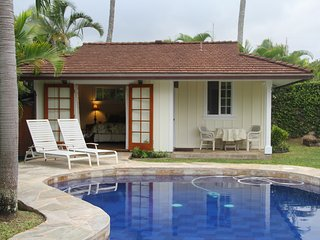 Perfect Oasis, Steps to the Beach!  100% Solar!, Kailua