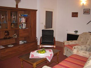 cozy apartment and 1 free parking, Dubrovnik