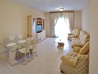 Confortable Apartment In Center of Las Galletas
