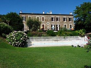 Les Résidences, duplex dans résidence privée, piscine, tennis, Wifi, airco