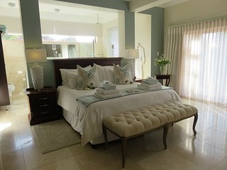 Island Way Villa Rental, Port Elizabeth