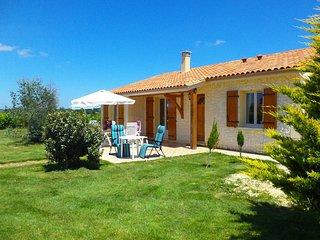 Maison Linchel sfeervolle vakantiewoning met privé zwembad en WiFi, Saint-Medard-d'Excideuil