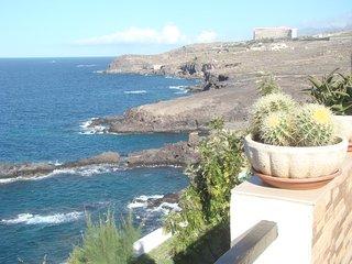 Appartement sur 2 niveaux avec vue sur mer et l´ile de la Gomera.
