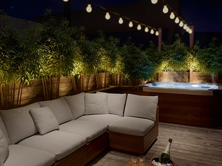 Your private roof-top terrace with a Jacuzzi