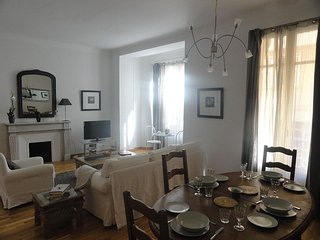 Visit Monaco and stay in this lovely and spacious two bedroom flat