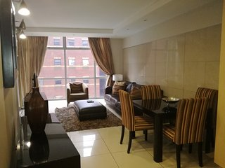 Hydro Park Apartments luxury 2 bedroom, Sandton
