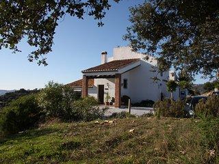 Casas de Cantoblanco 2, villa rental Lake Vinuela
