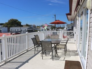 best location in wildwood! august 23-30 special, contact me for last minute deal