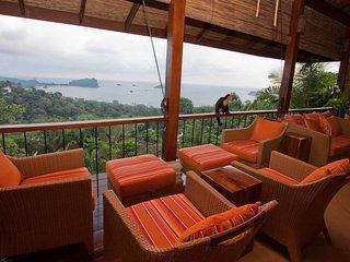 Casa Dolce Vita Panoramic Pacific Views