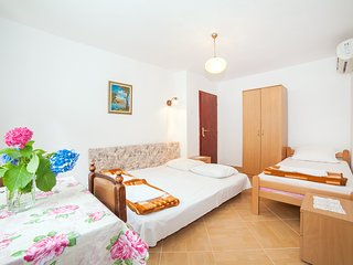 Apartments Milja - Standard Triple Studio 4, Kotor