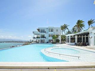 4 BR Cohiba Oceanview Luxury Suite!, Boracay
