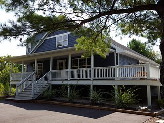 Door County Lawler Guest House