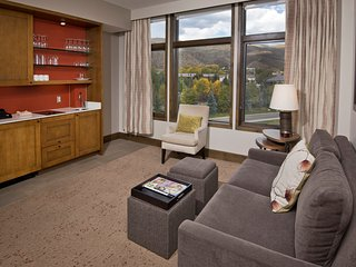 Luxury Resort/Spa Studio,Ski In/Out,Ski Valet,Health Club,Spa, Hot Tubs,Sleeps 4