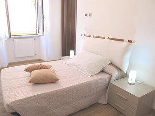 Falco Cream Suite, private with bathroom