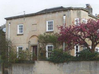 1 Cedar Villas, Bath