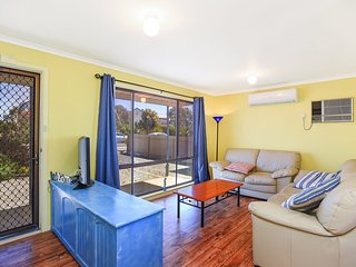 23 Ellensford Terrace - A quick stroll to the beach