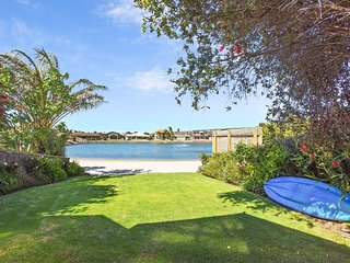 19A Bartel Boulevard - Cottage with a Private Beach, Encounter Bay