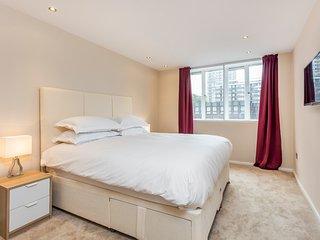 Crawford Suites Apartment 28