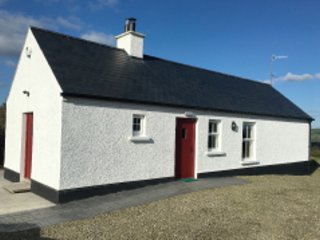 Derg Cottage, holiday rental in Ballybofey
