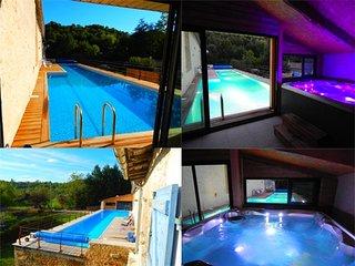 Villa propriete bord de riviere, piscine 20m a 30°, jacuzzi 6 places 37°