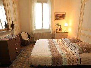 Maison amienoise cosy calme + petit jardin 42m2 :)