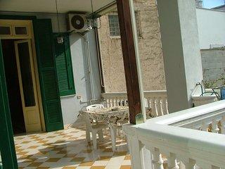 Palazzo Lagioia, appartamento in stabile d'epoca in stile liberty