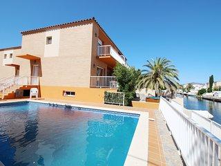 Apart-rent (0045) Casa con piscina Freser
