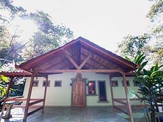 Fabulous Villa Mot Mot 4 BR Rain Forest Retreat