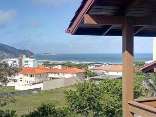 Floripa com maravilhosa vista da praia do Santinho
