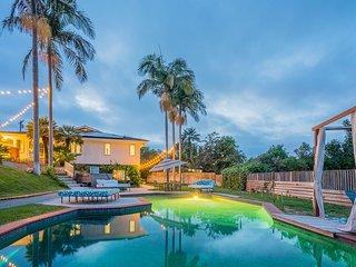 Private Estate with Scenic Canyon and Peak Ocean Views-Prime La Jolla Location!