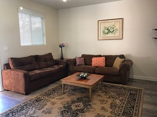 2bd/2bath, brand new  apartment, free parking  and Wi-Fi, Los Angeles