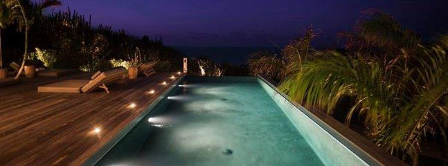 Villa Coco Rock  ^ Ocean View * Located in  Beautiful Petit Cul de Sac with Priv