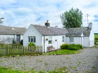 CAMPHILL, ground floor detached cottage, gardens, woodburner, parking, Kirkcudbr
