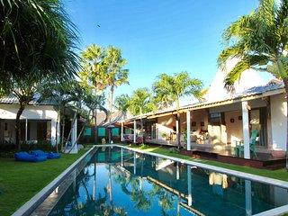Wonderful 3BR villa/pool in the heart of CANGGU
