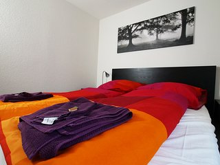 ZH Blueberry - Oerlikon HITrental Apartment Zurich