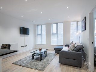 Stay In The Closest, Modern Flat To Main Station!, Reading