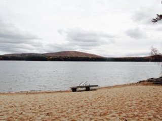 Relax by Silver Lake, close to North Conway, Storyland, and white mountains!