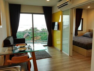 Superior Sea View with King Bed At Sonrisa Siracha, Si Racha