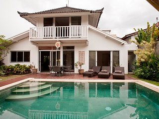 3 bedroom villa private pool seminyak, Seminyak