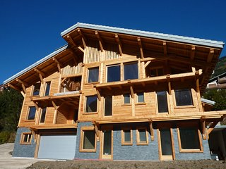 Les Trois Canards Catered Ski Chalet - Top Rated, Chatel