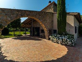 Costabravaforrent Folch, casa para 9 con jardin y piscina