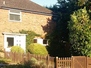 Self Catering Stratford - Staycation Accommodation For Families and Groups