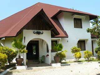 STUNNING HOLIDAY HOUSE, Malindi