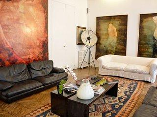 Spacious Champs-Élysées Luxury Triplex apartment in 16ème - Bois de Boulogne, París