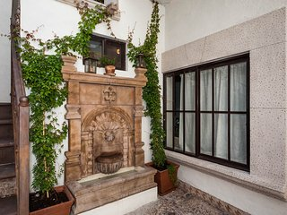 Best location & beauty. 4 blocks to Parroquia, San Miguel de Allende