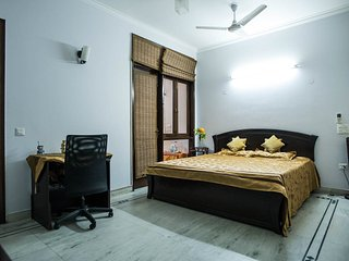 Large and safe BD in heart of Delhi