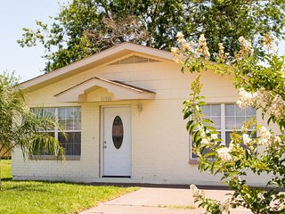 Beautiful home only 10 miles to Quarter/Downtown, New Orleans