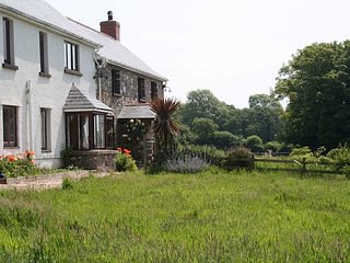 Luxury Holiday Farmhouse Gower Peninsula, Fairwood
